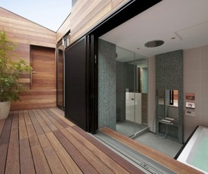 10 Amazing Bathrooms