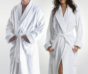10 Things to Consider When Buying a Bathrobe