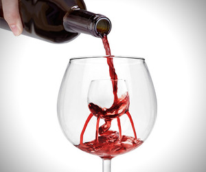 11 Unique Wine Glasses