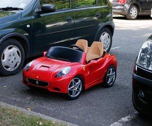 12 Volt Ferrari California