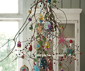 Fifteen Interesting Traditional Christmas Tree Alternatives