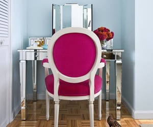 16 Mirror Furniture Pieces