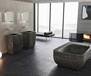 18 Stunning Minimalist Bathroom Designs