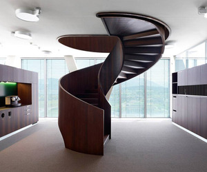 19 Amazing Staircases