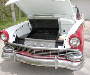 1957 Ford Customline diner-style Carbeque