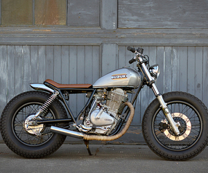 1980 Suzuki GN 400, by Holiday Customs