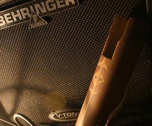 Handmade Bamboo Microphone by Arya Rizki Lisantho