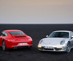 2012 Porsche 911 Evolves Its Performance Legacy