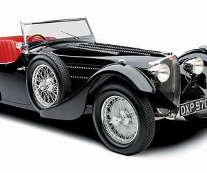 21 Ultimate Gifts:  Bugatti