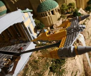 250,000 LEGO Brick Star Wars Episode 1 Set