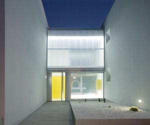 27 VPO by Equipo Olivares Arquitectos