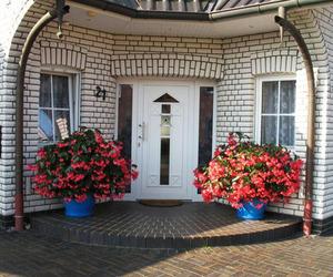 30 Inspiring Front Door Designs