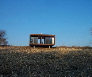 336 Square Foot 'weeHouse' built by Geoffrey Warner