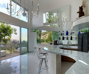 Collection of 35 Inspirational Modern Kitchens