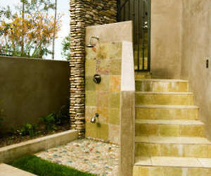 6 irresistible outdoor showers