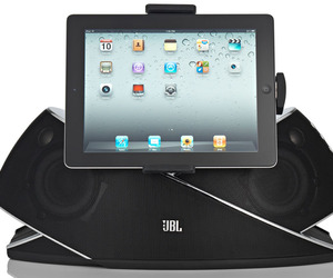 A Durable Music Dock from JBL