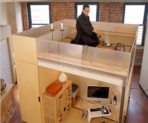 A Feng Shui Cube Brings Intimacy to a Loft