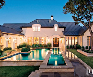 A Grand Country Home