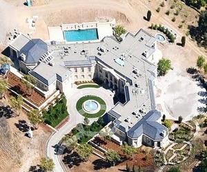 A Look Inside A $100 Million Dollar Mansion