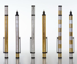 A Pen/Stylus Made From Magnets