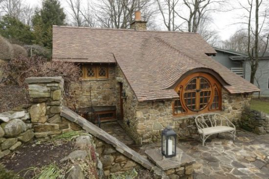 the hobbit house in chester county pa