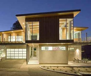 A Sustainable Design of Tiburon Bay House