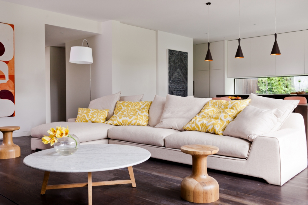 Warm And Casual Elegance For Melbourne Home By Canny