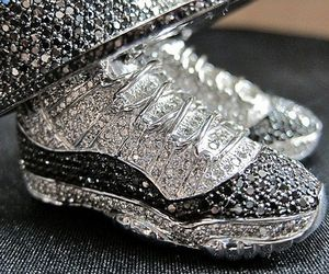 Air Jordan XI Concord Diamond Pendant