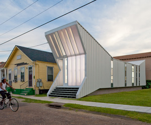 Alligator House In New Orleans by BuildingStudio