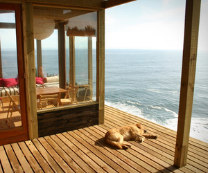 Cliff-Top House in Chile | Alvaro Ramirez and Clarisa Elton.