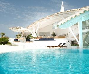 Amazing Mediterranean Villa In Mallorca by Alberto Rubio