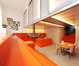 Ambulance Garage House by Doepel Strijkers