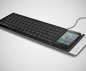 Apple iPhone Full Sized Mac x PC Keyboard by Omnio