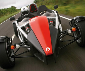 Ariel Atom:High Performance Super Car