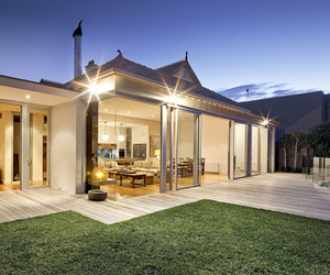 Armadale Residence by Perrett Ewert Leaf Architects