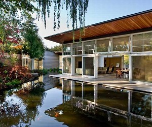 Atherton Residence: At Home By the Pond