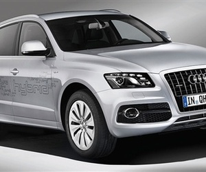 Audi Heads in a New Direction with the Q5 Hybrid