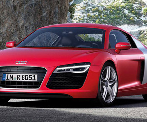 Audi Refreshes the R8 Sports Car Range for 2013