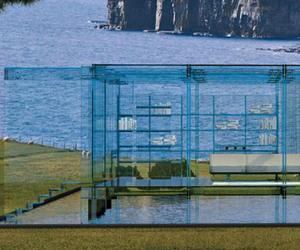Avant-garde Blue Glass House Design