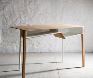 B011 desk by Frédéric Richard