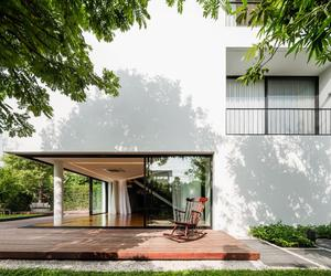Baan Moom – Corner House by Integrated Field