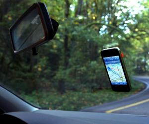 Barnacle Windshield Mount for Apple iPhone