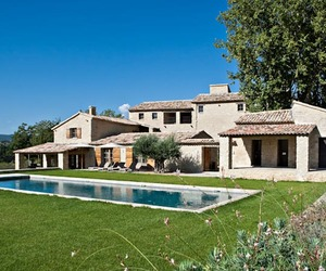 Bastide Vallat Vacation Villa in Provence