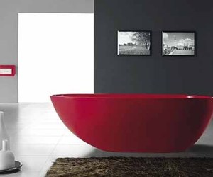 Bathtub from Bella Stone
