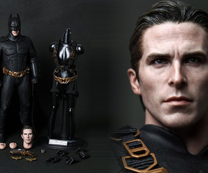 Batman Hyper Realistic Collectible Figure | by Hot Toys