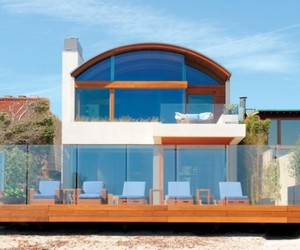 Beach House by Safdie Rabines Architects