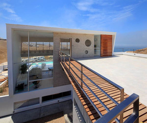 Beach House E-3 by Vértice Arquitectos