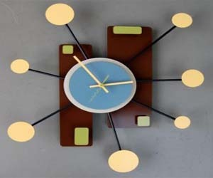 Beautiful Clock That Are Full Of Bright Colors