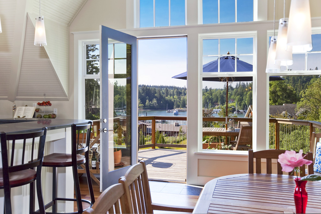 Beautiful Interior Design In Port Madison Bay O