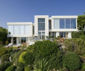 Beautiful Mediterranean Modern Villa On The French Coast